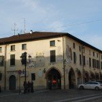 http://www.fiumeoglio.it/wp-content/uploads/2015/08/palazzo-del-municipio-orzinuovi-150x150.jpg
